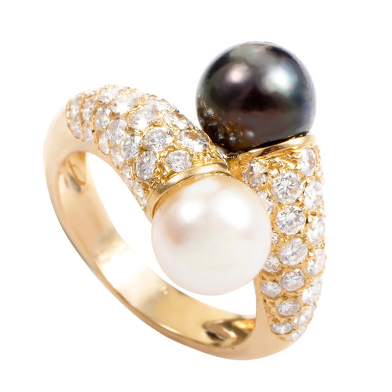 cleef and arpels black and white pearl gold