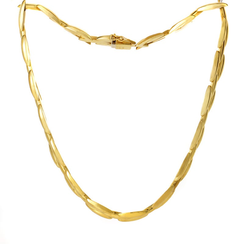 Cartier Gentiane Yellow Gold Necklace In Excellent Condition For Sale In Southhampton, PA