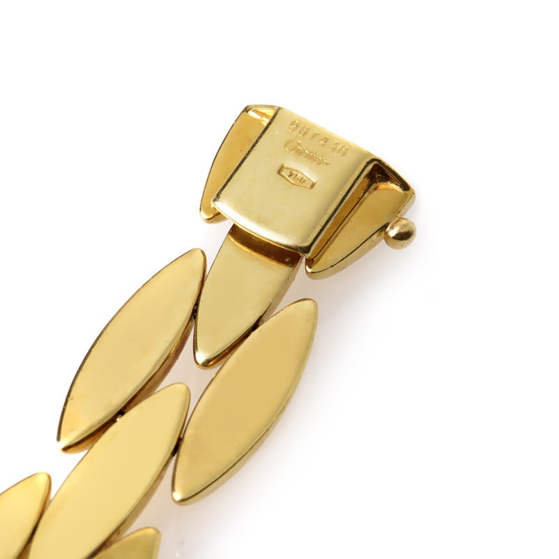 Women's Cartier Gentiane Yellow Gold Necklace For Sale