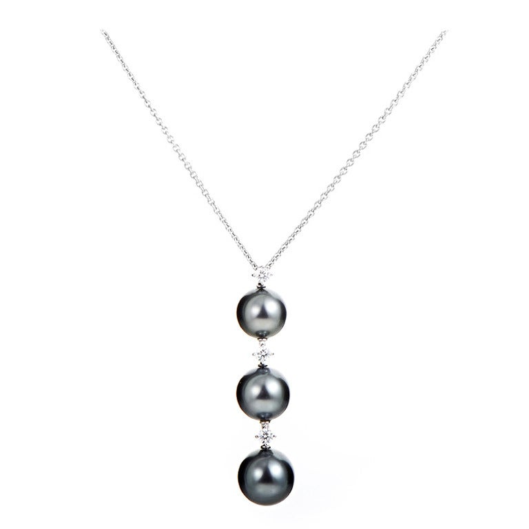 Mikimoto black pearl diamond gold pendant necklace at 1stdibs mikimoto black pearl diamond gold pendant necklace for sale aloadofball Image collections
