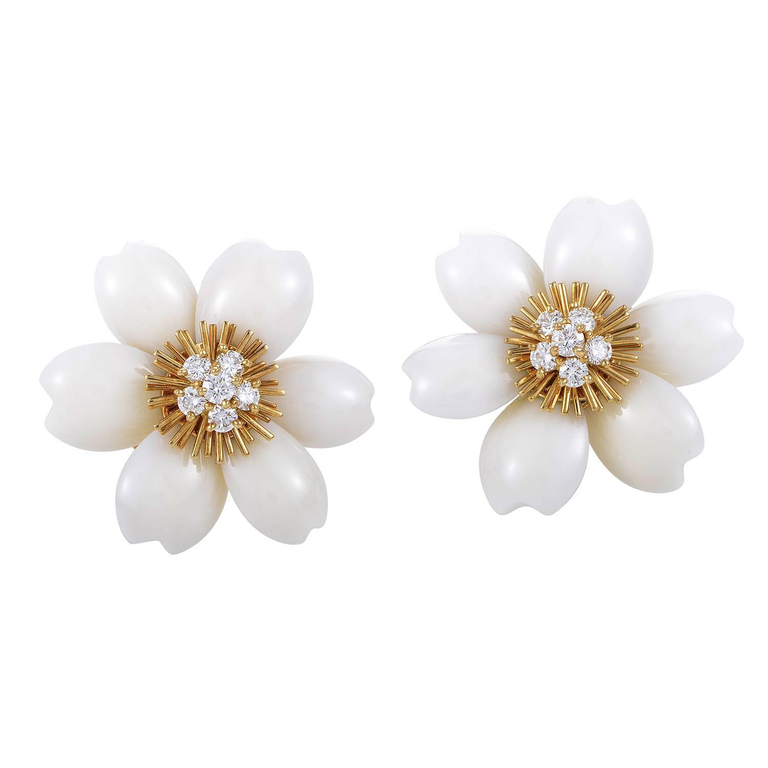 Van Cleef And Arpels Coral Diamond Gold Rose De Noël Clipon Earrings At  1stdibs