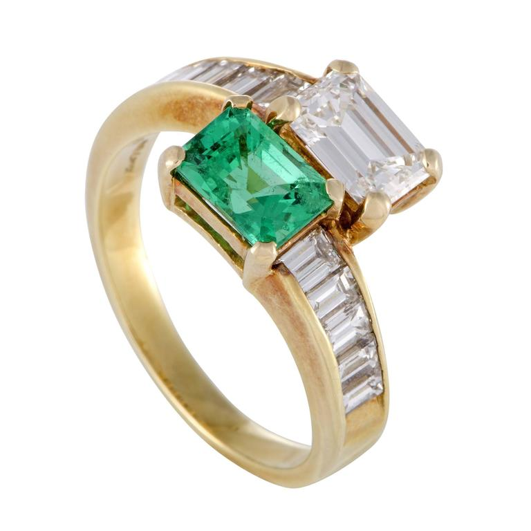 Kutchinsky Emerald Diamond Yellow Gold Ring For Sale at 1stdibs
