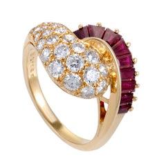 Oscar Heyman Diamond and Ruby Yellow Gold Ring