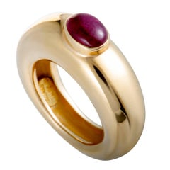 Chaumet Ruby Cabochon Yellow Gold Band Ring