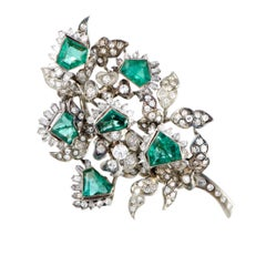 Diamond and Emerald Gold Pendant or Brooch
