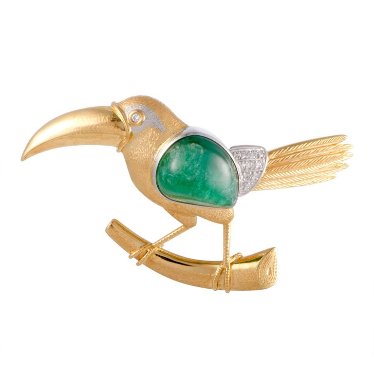 Diamond and Emerald Toucan Gold and Platinum Pendant/Brooch For Sale