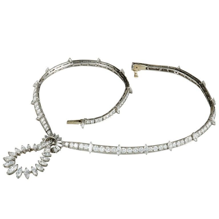 Boucheron Vintage Diamond Knot Platinum Pendant Necklace For Sale 1