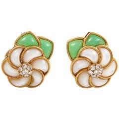 Van Cleef & Arpels Gemstone Gold Floral Clip-On Earrings