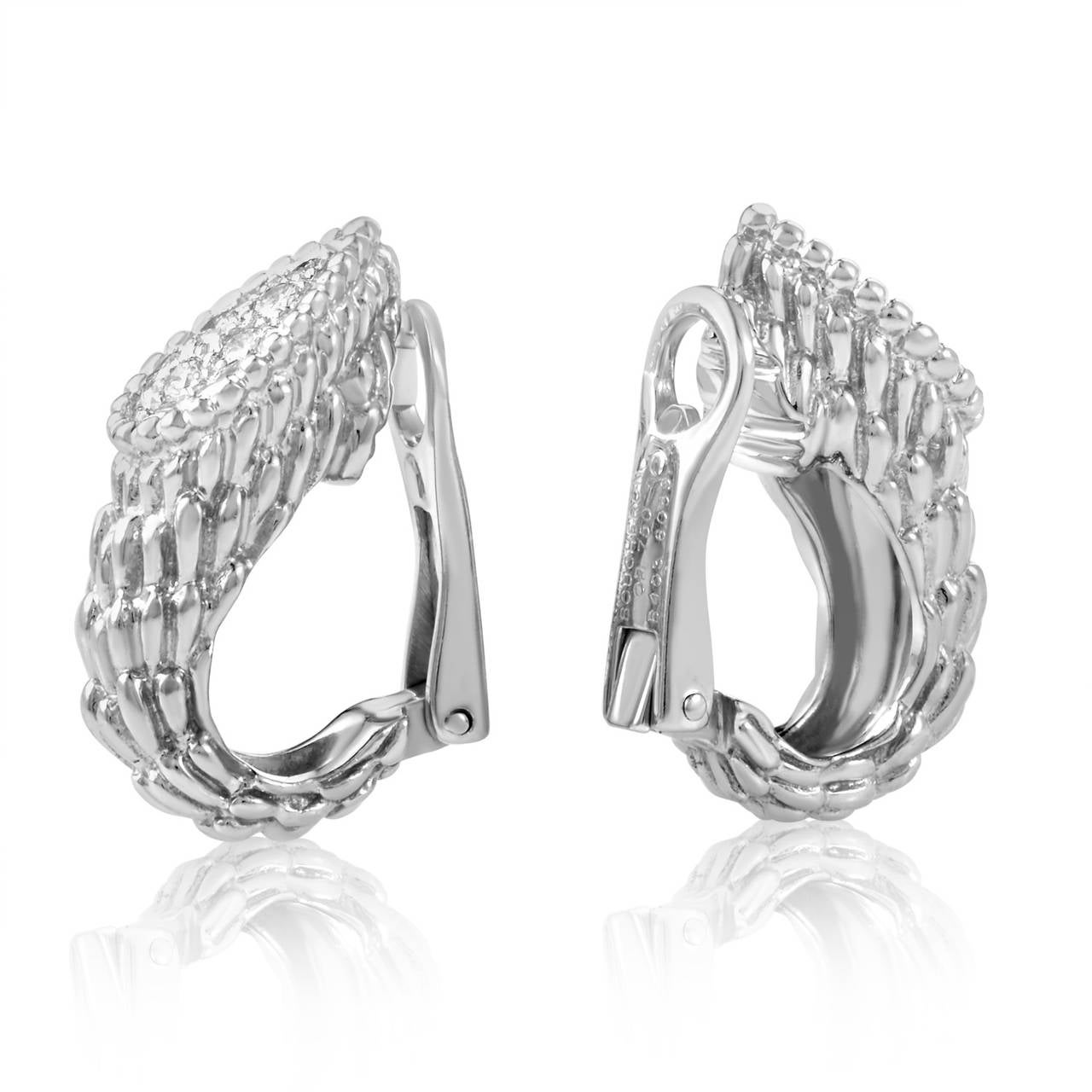 This Gorgeous Design From Boucheron Is Absolutely Stunning The Earrings Are Made Of Carved 18k