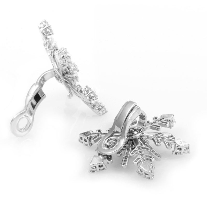 Van Cleef & Arpels Diamond White Gold Snowflake Clip-On Earrings In As New Condition For Sale In Southhampton, PA