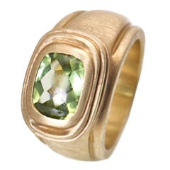 Slane & Slane Peridot Yellow Gold Ring