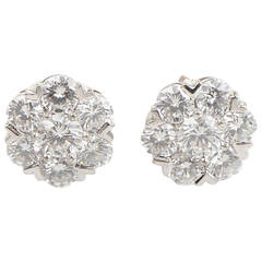 Van Cleef & Arpels Fleurette Diamond White Gold Earrings