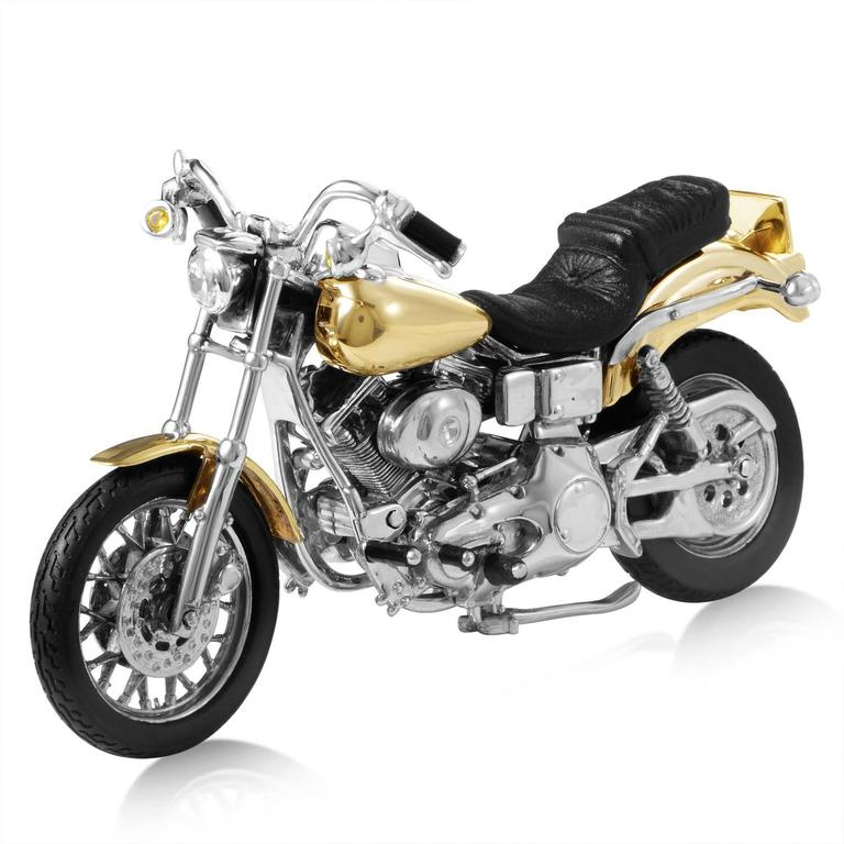 Sterling Silver Gold Harley Davidson Dyna Low Rider, 1999 In New Condition For Sale In Southhampton, PA