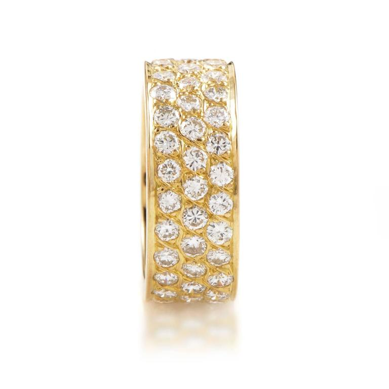 Van Cleef & Arpels Diamond Pave Gold Eternity Band Ring In Excellent Condition For Sale In Southhampton, PA
