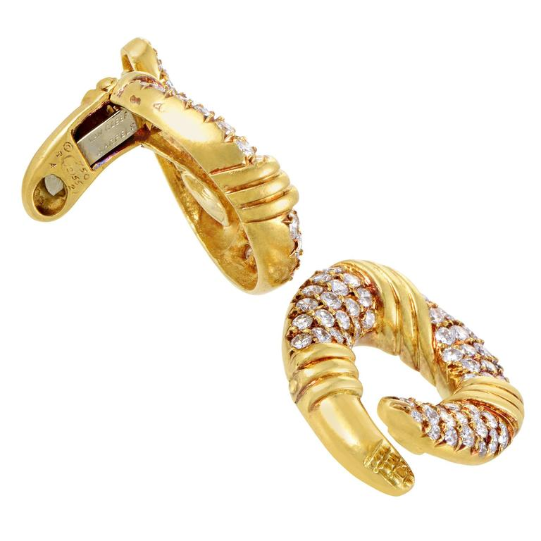 Van Cleef & Arpels Yellow Gold Diamond Pave Clip-On Earrings 3