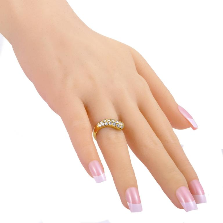 Women's Van Cleef & Arpels Yellow Gold Curved Diamond Band Ring For Sale