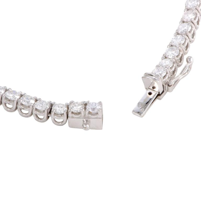 Women's Diamond and White Gold Collar Necklace For Sale