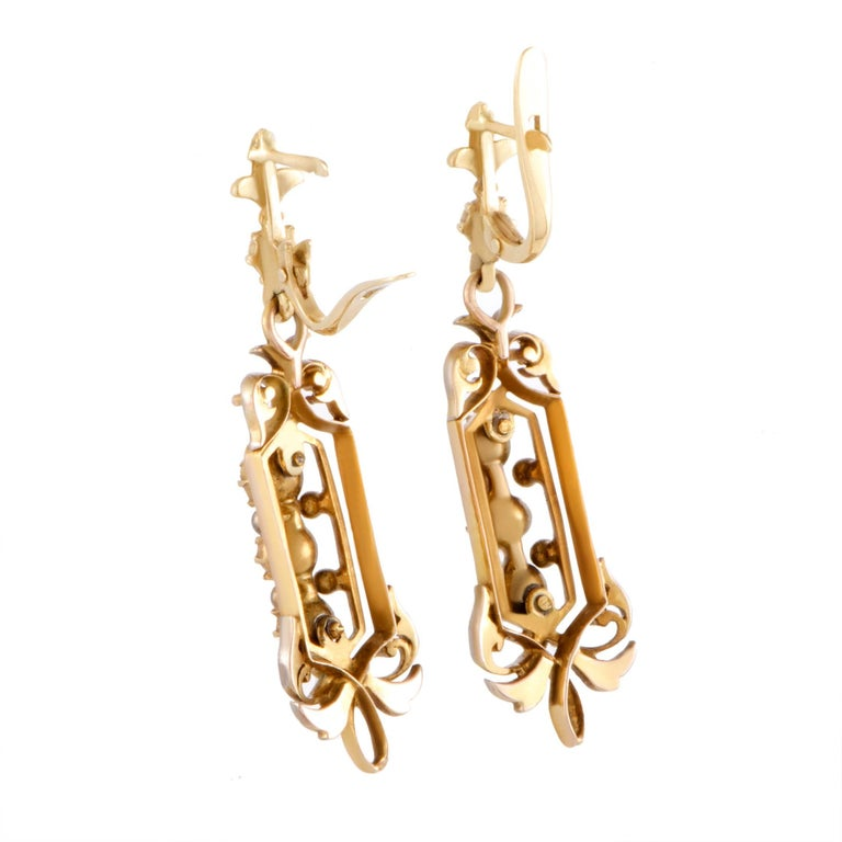 Diamond Yellow Gold Dangle Earrings 3