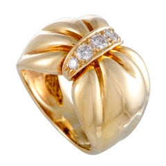 Van Cleef & Arpels Diamond and Gold Bow Band Ring