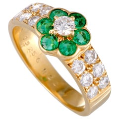 Van Cleef & Arpels Fleurette Emerald and Diamond Yellow Gold Flower Ring