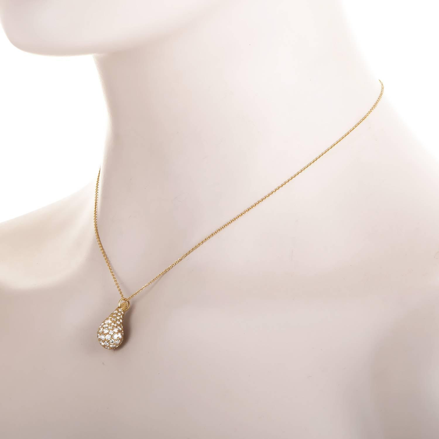 b7b3dbe46 Tiffany and Co. Elsa Peretti diamond pave Gold Teardrop Pendant Necklace at  1stdibs