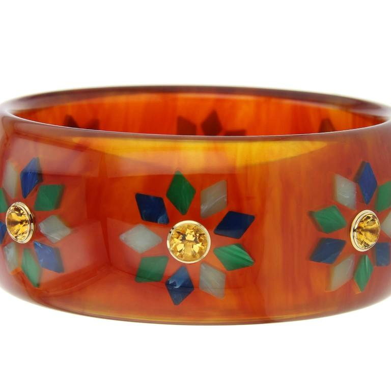 Contemporary Mark Davis Bakelite Citrine Yellow Gold Bangle For Sale