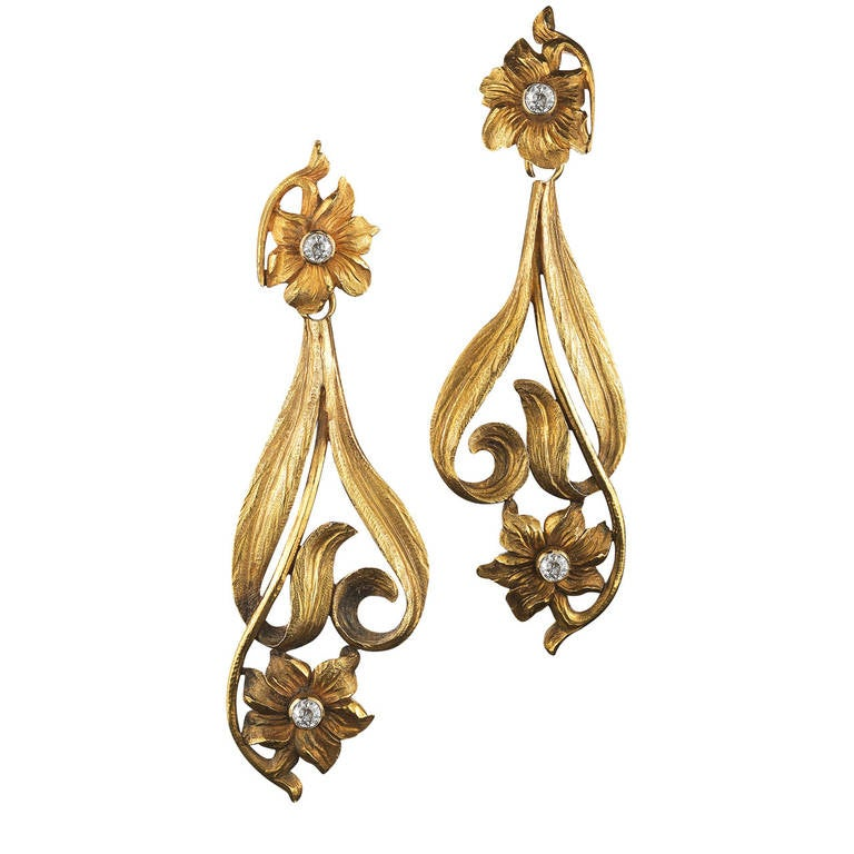 Art Nouveau Diamond Yellow Gold Flower Motif Pendant Earrings 1