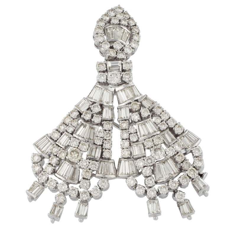 White Gold and Diamonds Brooch Pendant