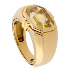 Verney 18K Gold and Yellow Sapphire Ring