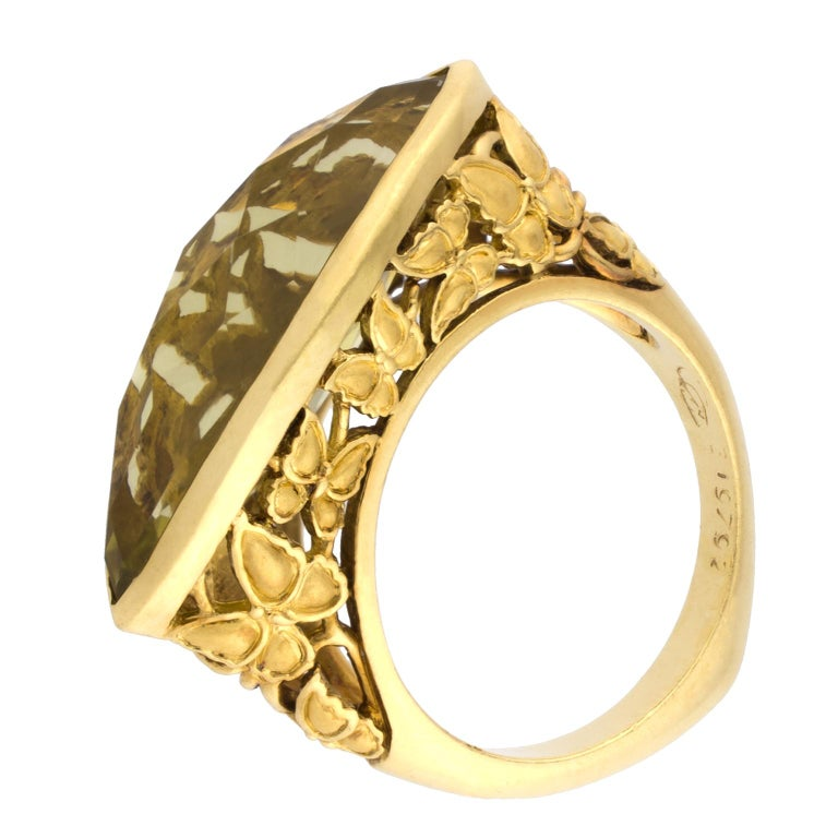18 Karat Gold Carrera y Carrera Green Topaz Ring