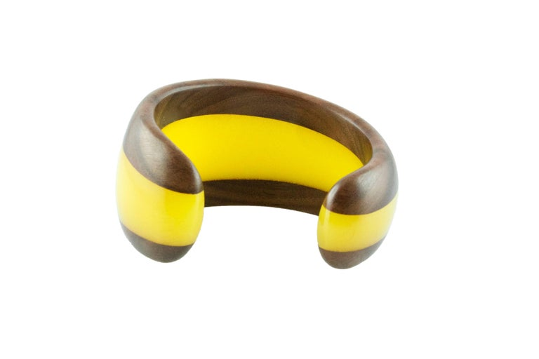 Wood and Yellow Methacrylate Cuff Bracelet In As New Condition For Sale In Milano, IT