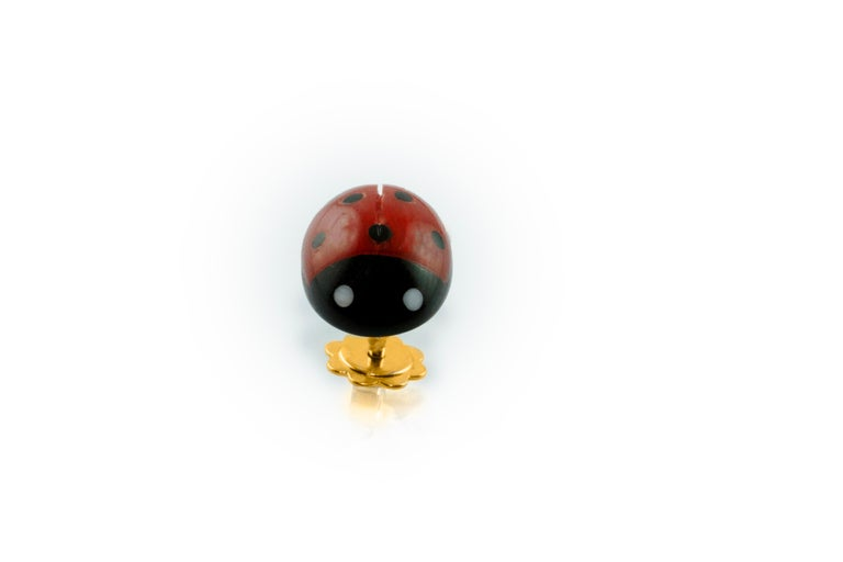 18 Karat Yellow Gold Mediterranean Coral Ladybug Stud Earrings In New Condition For Sale In Milano, IT