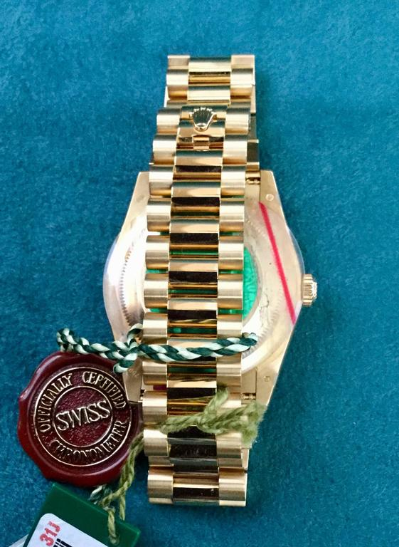 Rolex yellow Gold Oyster Perpetual Day-Date Silver Diamond Dial wristwatch In As new Condition For Sale In Spartanburg, SC