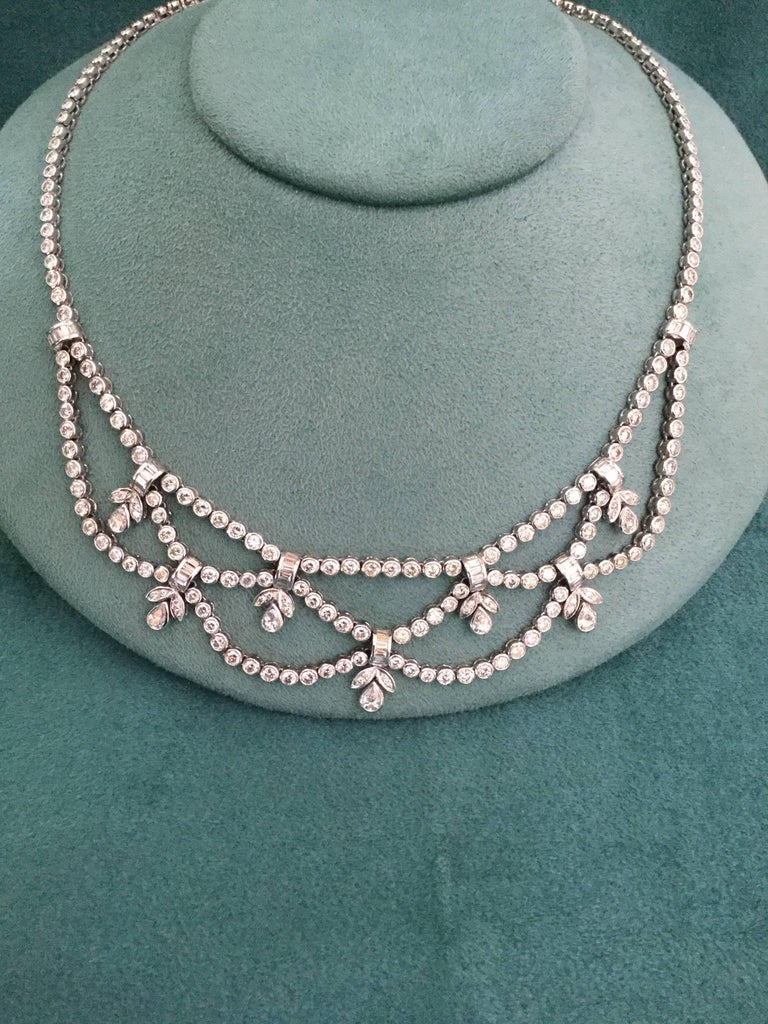 Formal Diamond White Gold Necklace In New Condition For Sale In Spartanburg, SC