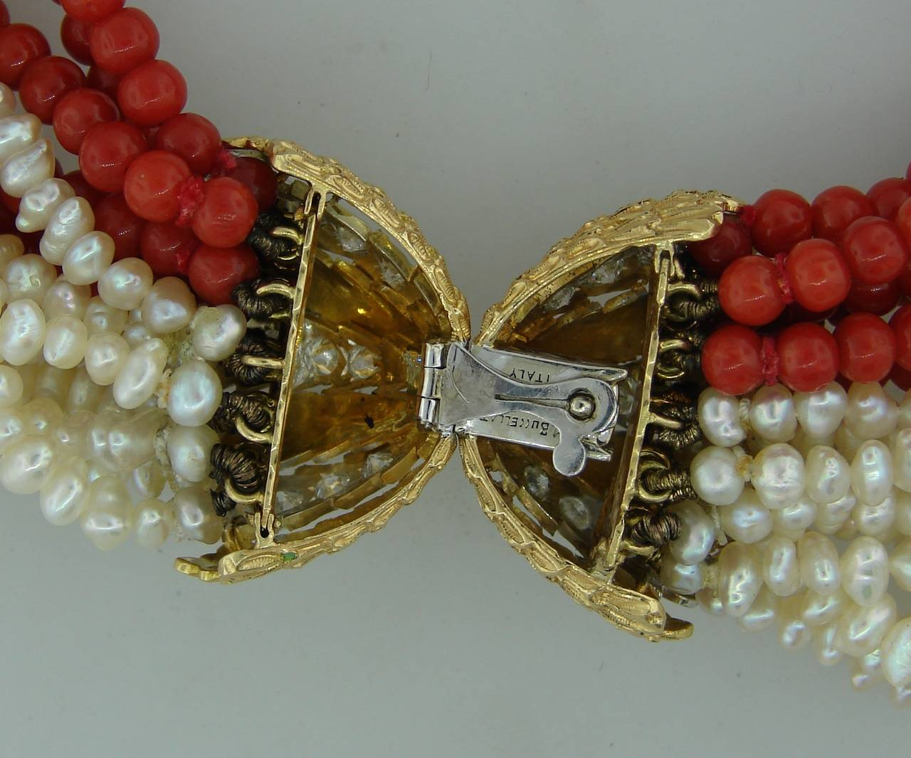 Mario Buccellati Pearl Coral Diamond Gold Necklace / Bracelet For Sale 2