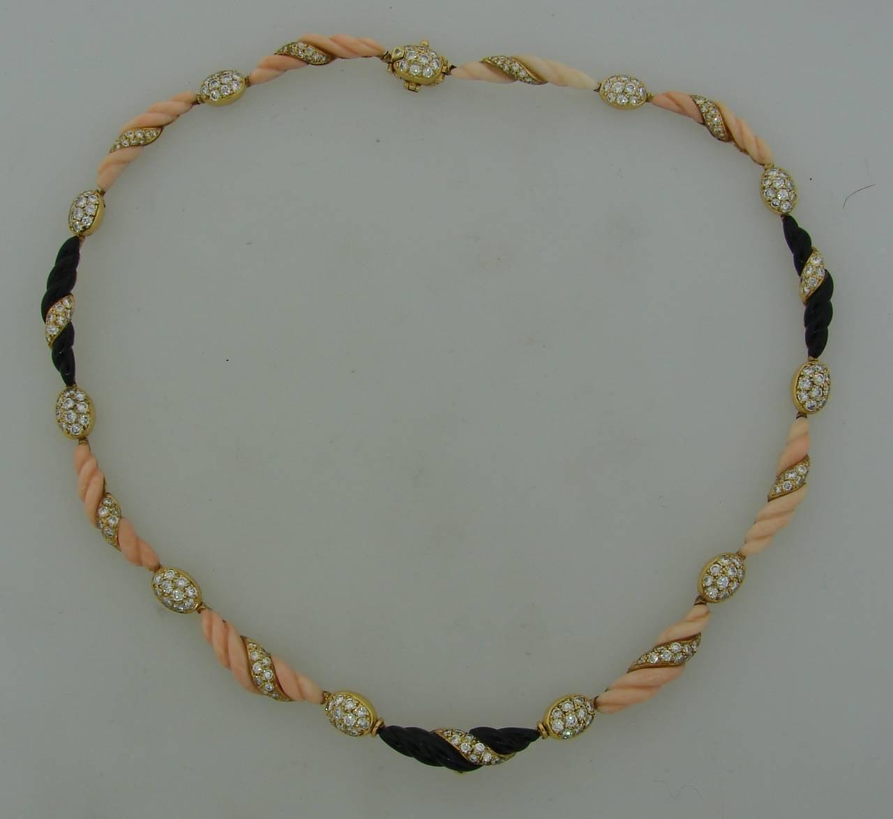 Boucheron Paris Coral Onyx Diamond Gold Necklace Earrings Set 1970s 5