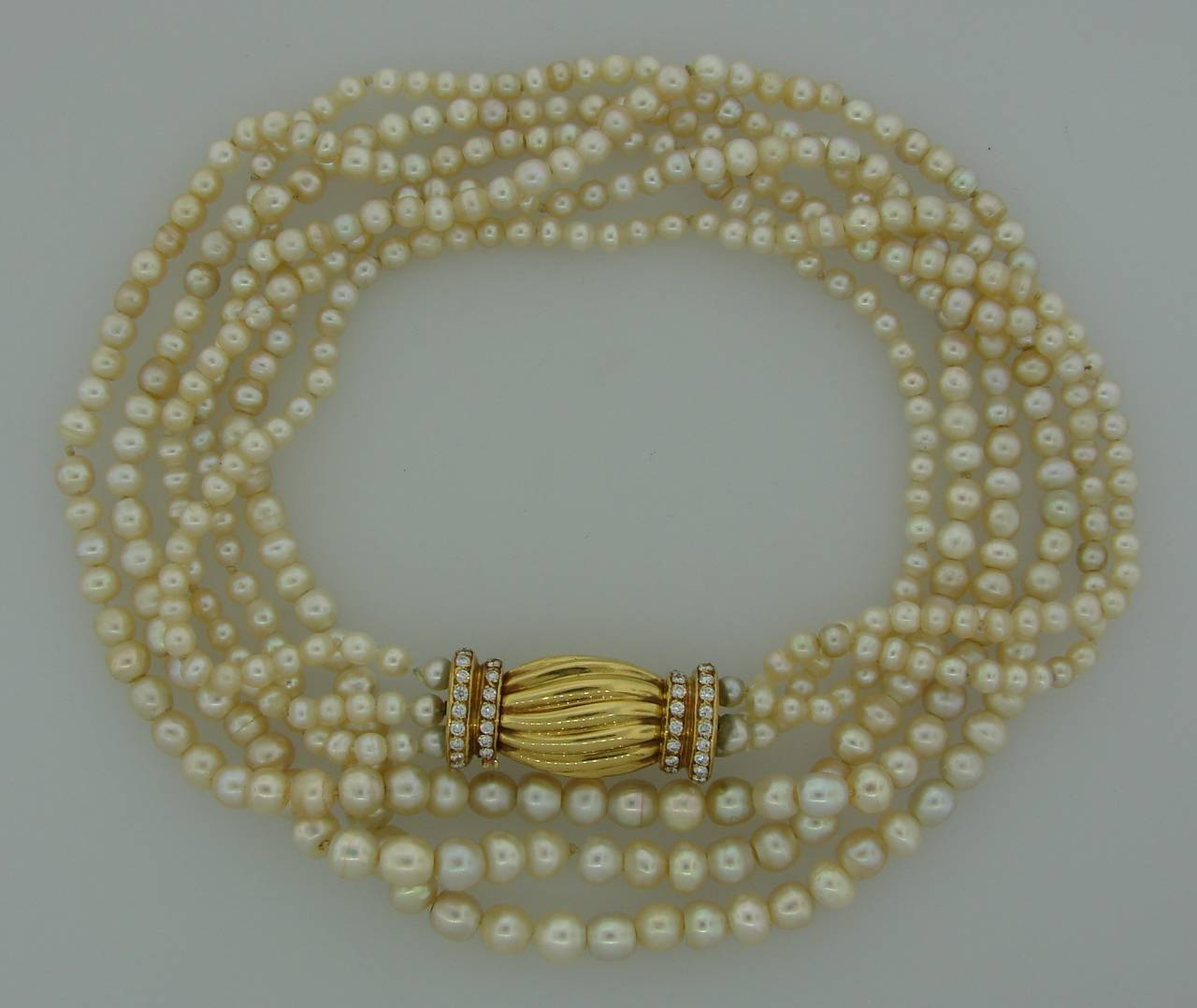 Natural Saltwater Pearl Necklace: Natural Saltwater Pearl Necklace With Diamond Gold Clasp