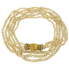Natural Saltwater Pearl Necklace with Diamond Gold Clasp