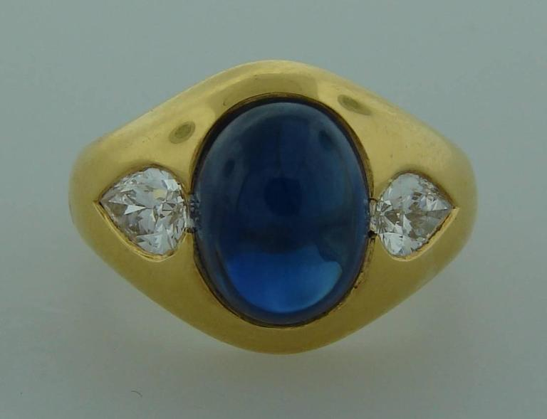1970s Bulgari Cabochon Sapphire Diamond Gold Ring In Excellent Condition For Sale In Beverly Hills, CA