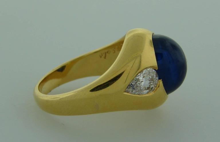 Women's or Men's 1970s Bulgari Cabochon Sapphire Diamond Gold Ring For Sale