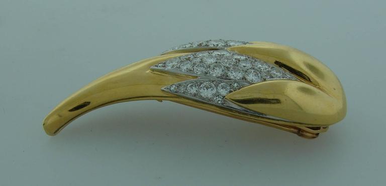 Suzanne Belperron Dents de Loup Diamond Gold Platinum Clip Brooches For Sale 1