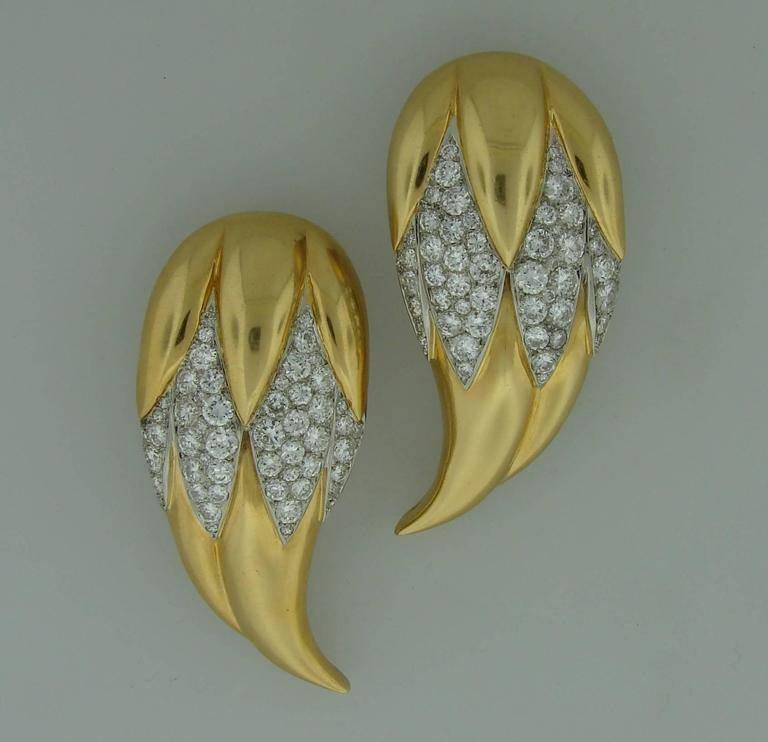 Suzanne Belperron Dents de Loup Diamond Gold Platinum Clip Brooches In Excellent Condition For Sale In Beverly Hills, CA