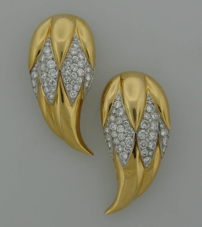 Women's Suzanne Belperron Dents de Loup Diamond Gold Platinum Clip Brooches For Sale
