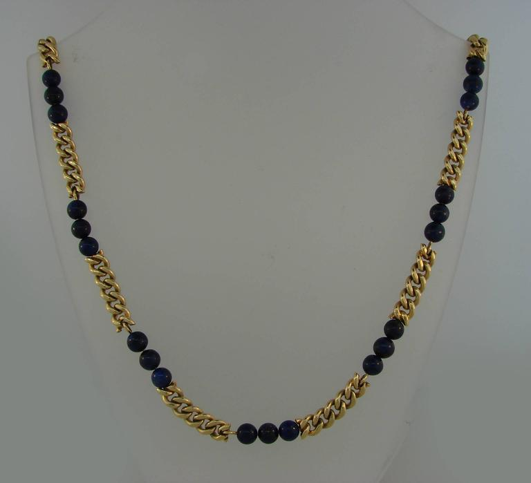 Van Cleef & Arpels Lapis Lazuli Bead Gold Necklace, 1970s VCA In Excellent Condition For Sale In Beverly Hills, CA