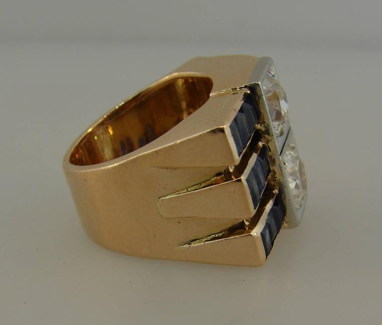 1940s Diamond Sapphire Rose Gold Retro Ring In Excellent Condition For Sale In Beverly Hills, CA