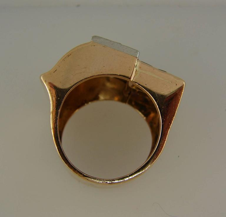 1940s Diamond Sapphire Rose Gold Retro Ring For Sale 1