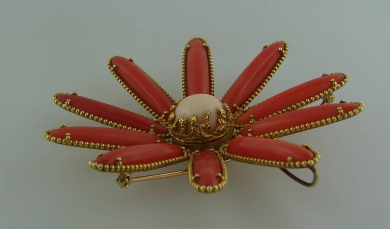 Women's 1970s Cellino Mediterranean Coral Gold Chrysanthemum Brooch Pin Clip Pendant For Sale