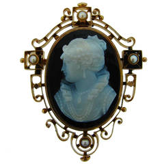 Victorian Agate Cameo Pearl Yellow Gold Pin Brooch Pendant