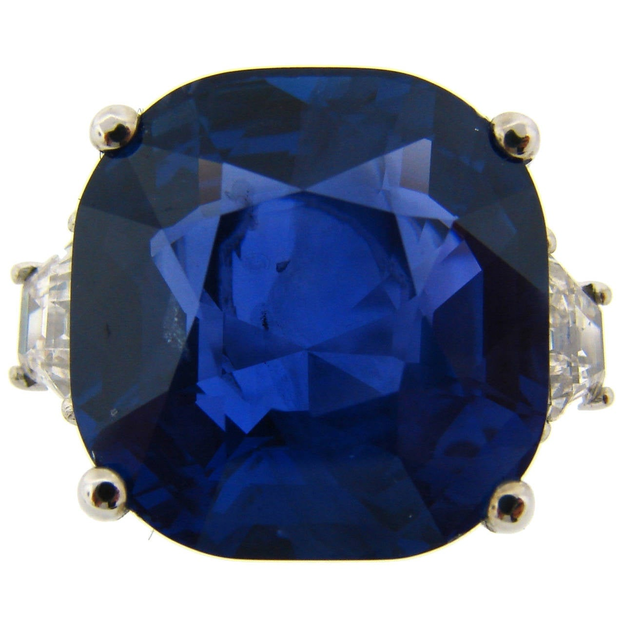 19.02 Carat Ceylon Natural No Heat Certified Sapphire Diamond  Ring