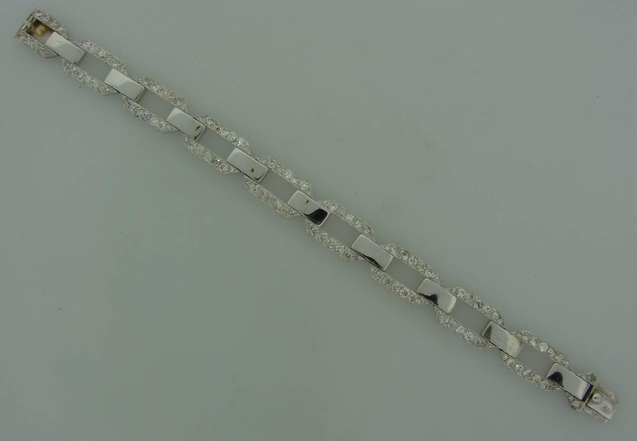 French 1920s Diamond Platinum White Gold Link Bracelet For Sale 4